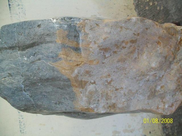 batu warna warni